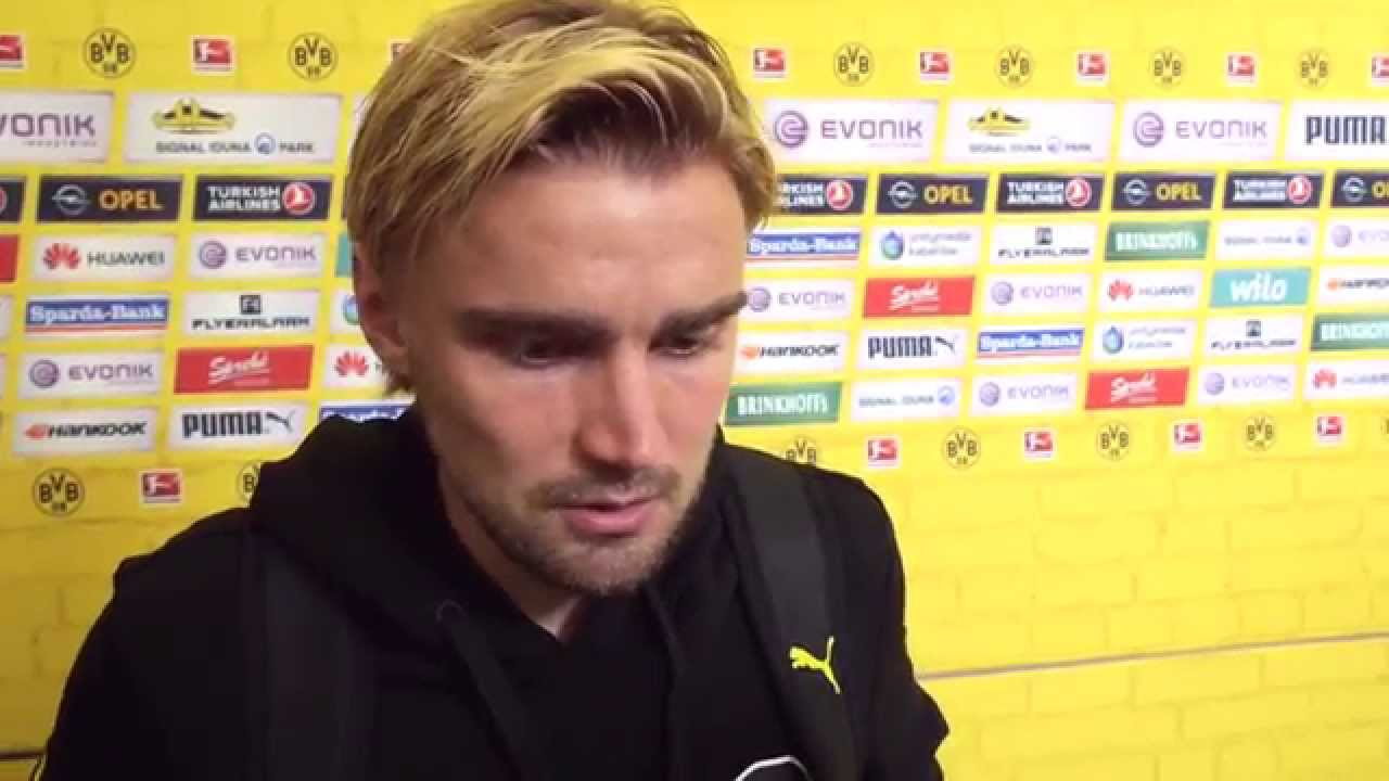 Interview: Marcel Schmelzer nach dem Spiel BVB - VfB Stuttgart (2:2) | BVB