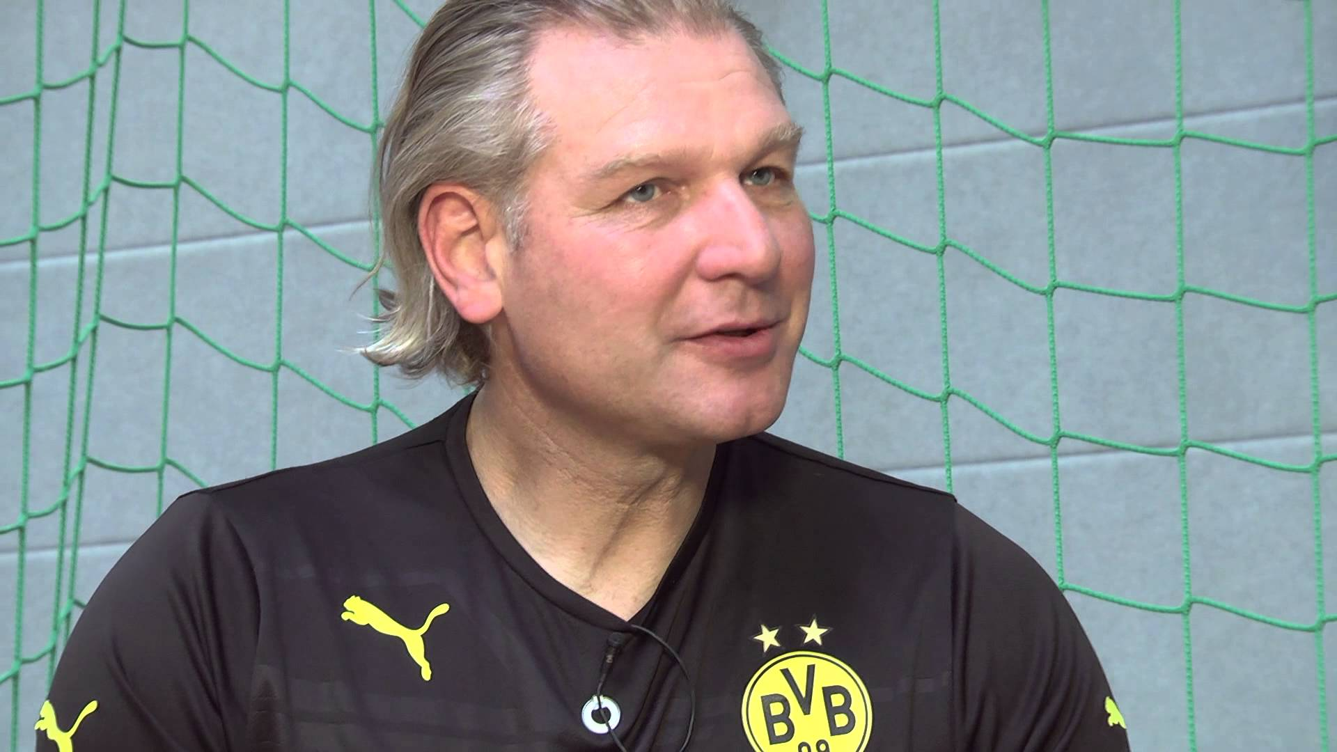 Training hinter Gittern - mit Teddy de Beer in der JVA Schwerte | BVB