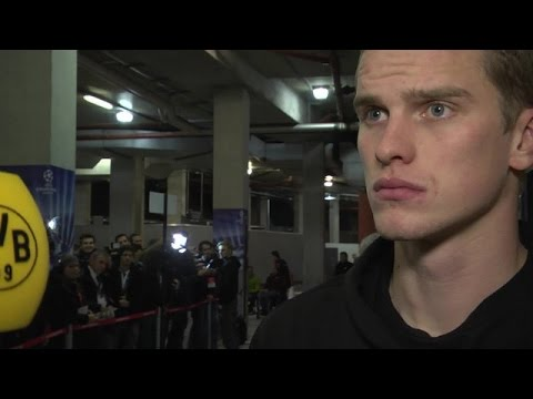 Interview: Sven Bender bei BVB total! nach Arsenal - BVB (2:0) | BVB